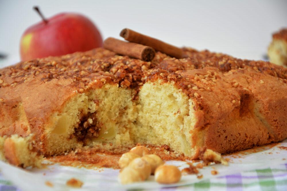 Torta di mele alla panna acida -Senza glutine per tutti i gusti