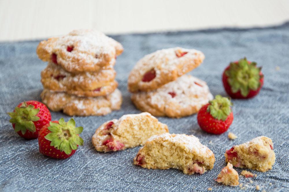 Biscotti alle fragole e limoncello-Senza glutine per tutti i gusti