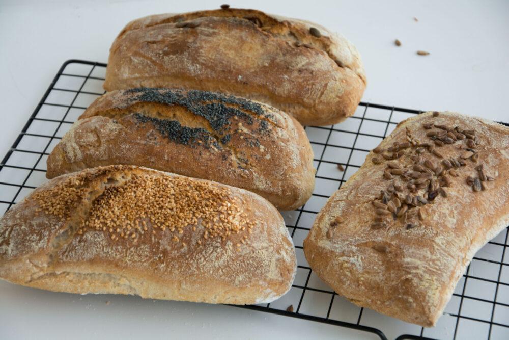 Ciabattine semintegrali ai semi-Senza glutine per tutti i gusti