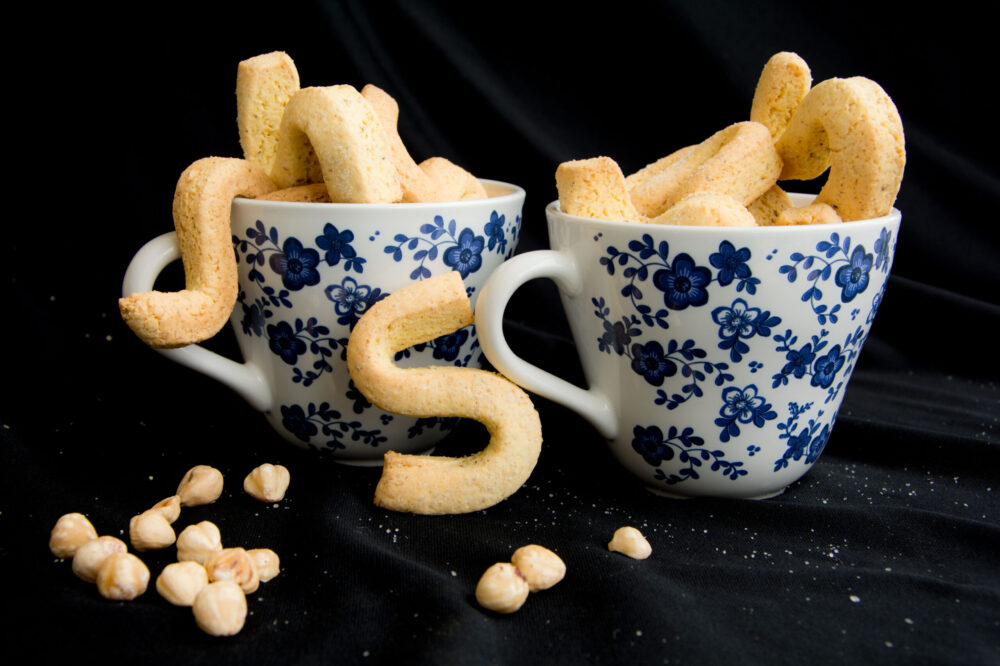 Biscotti da latte alle nocciole -Senza glutine per tutti i gusti