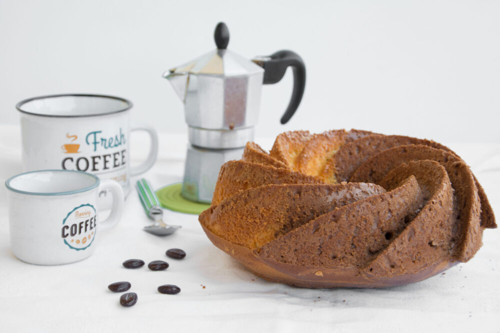 Ciambella vaniglia e caffè con Mix C Schar