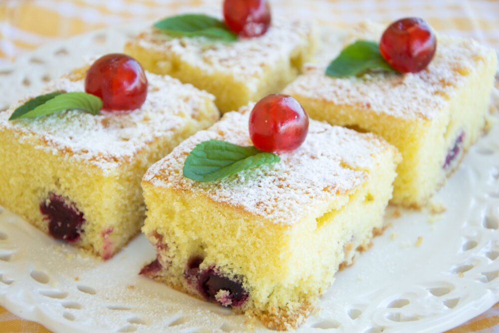 Torta soffice alle ciliegie -Senza glutine per tutti i gusti